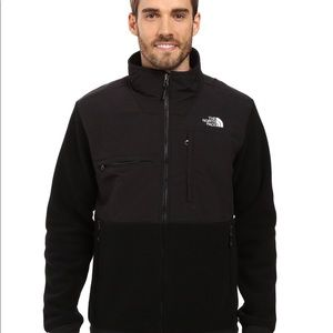 Jackets & Coats - The north face men Denali 2 fleece jacket